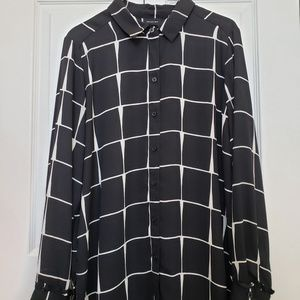 2 for 25! Who What Wear buttonup shirt